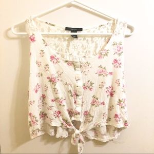 Forever 21 Cute Floral Crop Top